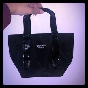 Chanel Beauté mini purse/tote